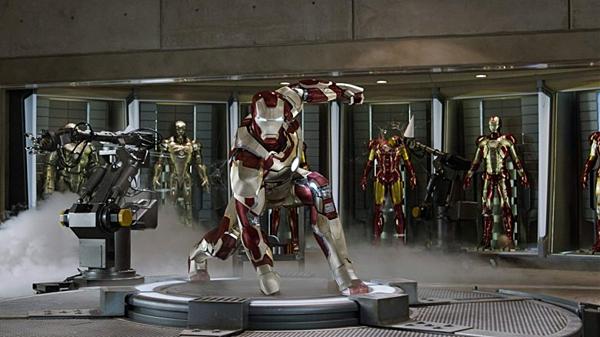 Những bộ trang phục siêu anh hùng đắt nhất của lịch sử điện ảnh - 1