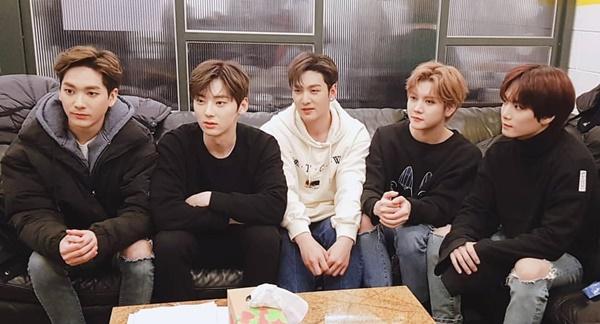 NUEST chuẩn bị trở lại với đội hình 5 thành viên sau khi Min Hyun kết thúc hoạt động cùng Wanna One.