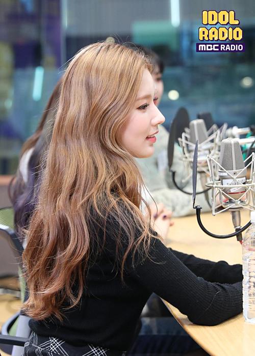 Góc nghiêng thần thánh của Mi Yeon.