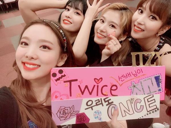Các cô gái Twice