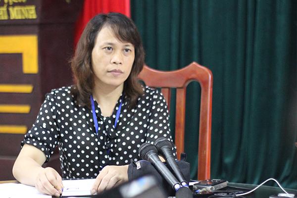 Cô Lê Thị Hoài, phó hiệu trưởng trường Phù Ủng. Ảnh: Huyền Vũ.