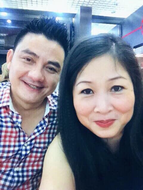 Hồng Vân - Anh Vũ là chị em thân thiết trong nghề.