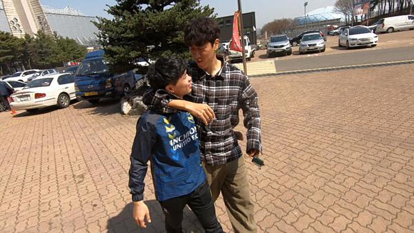 Công Phượng hòa nhập tốt với đồng đội tại Incheon United.