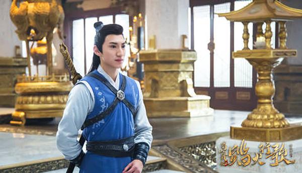Văn Hậu tìm được anh em sinh đôi là diễn viên Trung Quốc