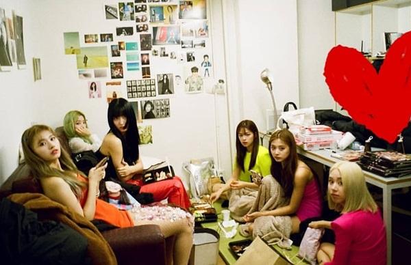 Vừa kết thúc tour lưu diễn, Twice đã nhá hàng trở lại Kpop với mini album thứ bảy Fancy.