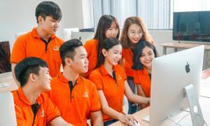 Trường đại học sở hữu phòng lab trang bị máy tính iMac