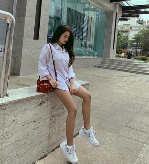 Sau 4 năm nổi tiếng, Linh Ka vẫn nhận được sự chú ý của nhiều bạn trẻ với lượt tương tác cao trên mạng xã hội.