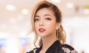 Katleen Phan Võ: 'Chấp nhận sống đơn độc để vào showbiz'
