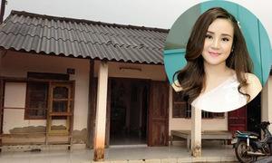 Cuộc sống từ nhà vách đất đến biệt thự 40 tỷ đồng của Vy Oanh