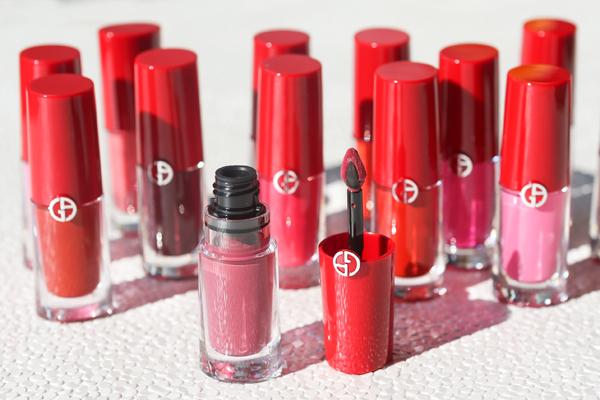 Dòng son khiến Jun Vũ mê mệt làGiorgio Armani Lip Magnet Liquid Lipstick