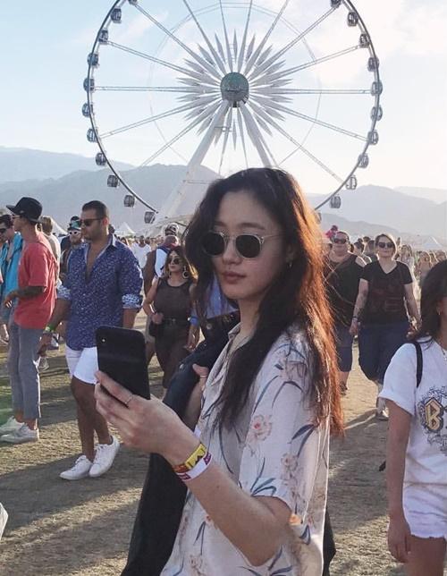 Instagram sao Hàn 15/4 - page 2 - 3