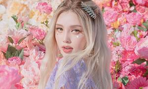 'Nữ hoàng trang điểm' Hàn Quốc năm nào cũng gây sốt lễ hội Coachella