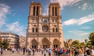 Vẻ đẹp của Nhà thờ Đức Bà Paris trước trận hỏa hoạn