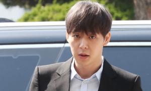 Park Yoo Chun bị nghi ngờ tiêu hủy chứng cứ khi... triệt lông toàn thân