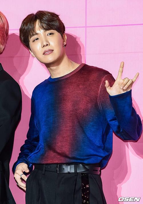 BTS khoe visual đỉnh cao tại họp báo comeback, tuyên bố tham vọng tương lai - 7