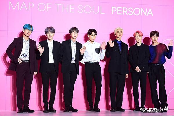 BTS khoe visual đỉnh cao tại họp báo comeback, tuyên bố tham vọng tương lai
