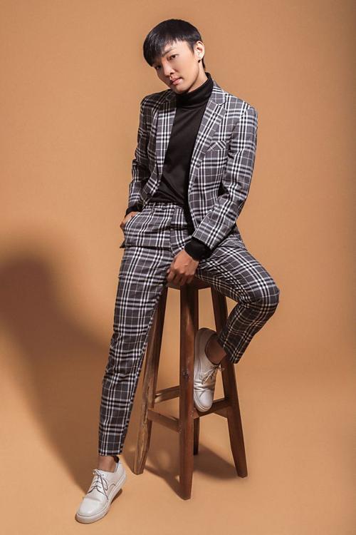 Hot boy Taekwondo Hồ Thanh Phong thi hát cùng Lan Cave - 3