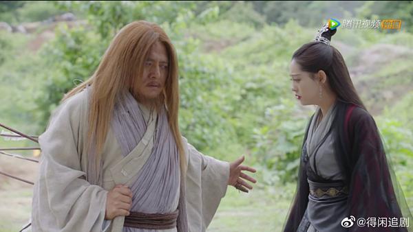 Tạ Tốn đỡ tên cứu Chu Chỉ Nhược để...gửi gắm cô chăm sóc Trương Vô Kỵ.