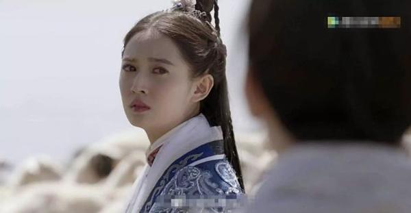 Nhưng cuối cùng cô vẫn làm lành với Trương Vô Kỵ và hai người ở bên nhau suốt đời.