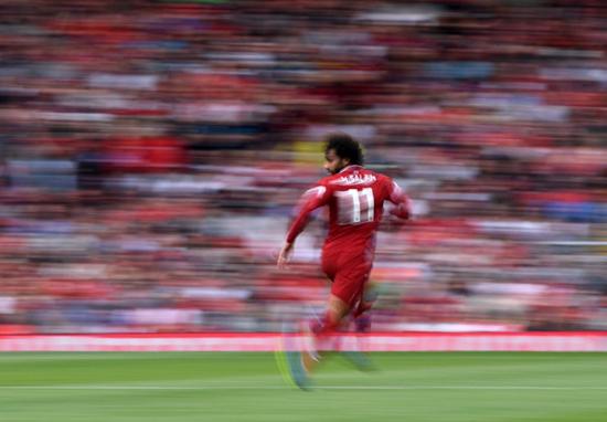 Còn đây là Mohamed Salah đội Liverpool khi nhìn thấy Drake...