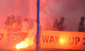 Báo châu Á sốc trước hành động đốt pháo sáng của CĐV Hải Phòng