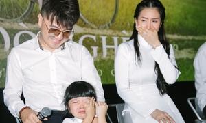 Vợ và con gái bật khóc xem Dương Ngọc Thái diễn cảnh 'gà trống nuôi con'