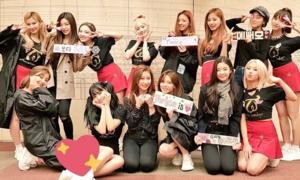 Twice khen ngợi ITZY, 'bóc phốt' Momo, Tzuyu trên show