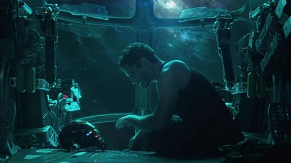 'Avengers: Endgame': Đại tiệc chia tay hoành tráng chỉ fan Marvel được mời - 1