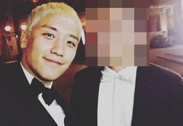 Seung Ri và Yoo In Suk là bạn thân nhiều năm nay. Yoo In Suk cũng là chồng của nữ diễn viên Park Han Byul.