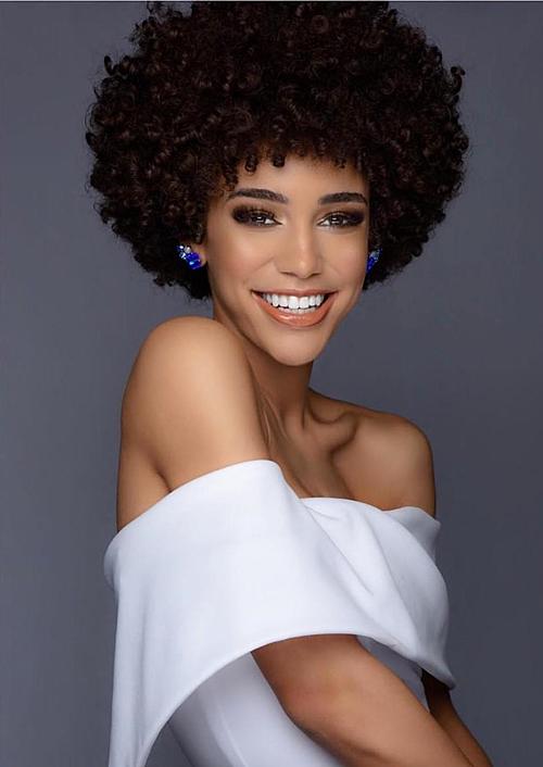 Vũ công da màu đăng quang Miss Teen USA 2019 - 1