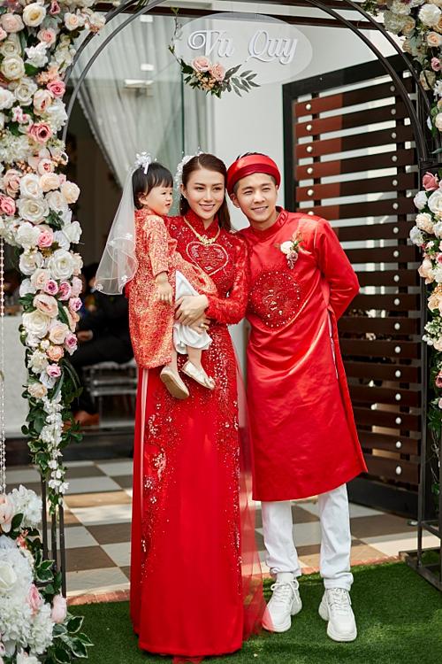 Cặp đôi đã có một con gái nhỏ tên Bào Ngư.