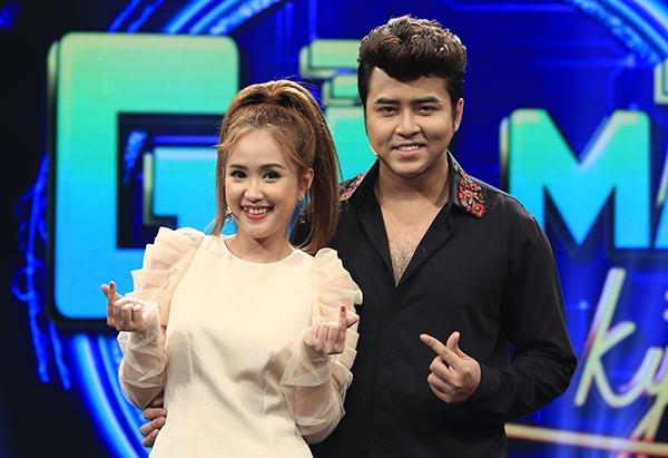 Vợ chồng nghệ sĩ Anh Tâm - Phương Hằng.
