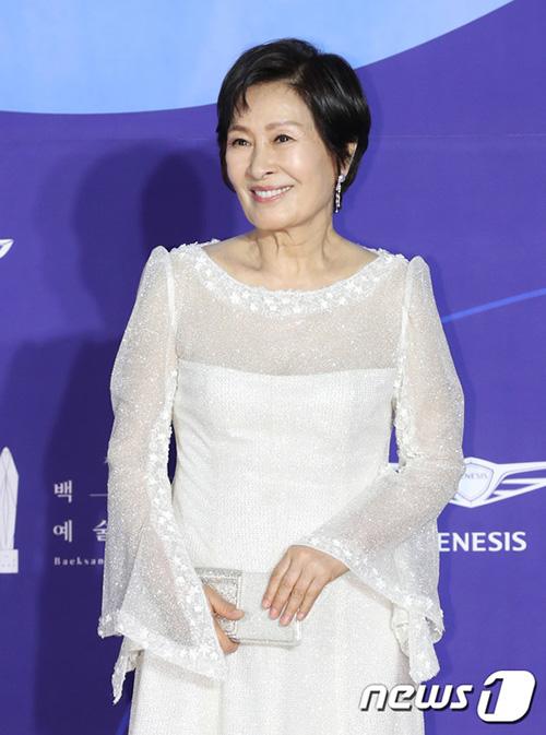 Kim Hye Ja là nữ diễn viên gạo cội của làng điện ảnh Hàn Quốc.