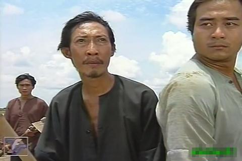 Nghệ sĩ Lê Bình trong một cảnh Đất phương Nam.