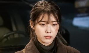 Drama của IU 'xưng vương' tại lễ trao giải Baeksang Hàn Quốc
