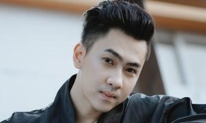 Tùng Lâm: 'Phải làm phục vụ để trả nợ sau scandal khoe nhà trăm tỷ đồng'
