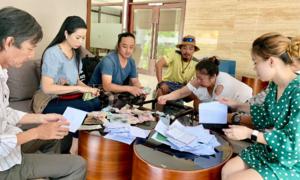 Gia đình Lê Bình dùng 300 triệu đồng tiền phúng điếu làm từ thiện