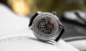 Đăng Quang Watch tặng quà tri ân khách hàng dịp kỷ niệm 10 thành lập