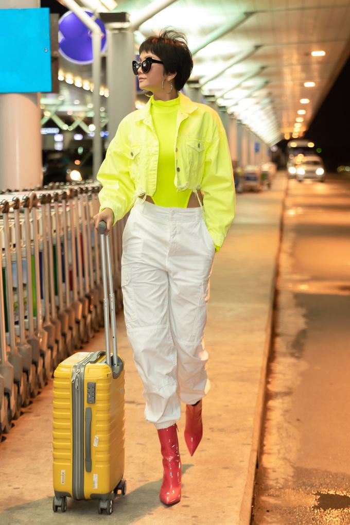 """<p> Được chọn là gương mặt quảng bá cho show diễn Xuân Hè với bộ sưu tập """"Back to nature"""", Hoa hậu H'Hen Niê sẽ xuất hiện tại Australia tham dự chương trình với một vai trò đặc biệt. Đây là chuyến xuất ngoại thứ 5 của H'Hen Niê, sau Campuchia, New Zealand, Thái Lan và Mỹ.</p>"""