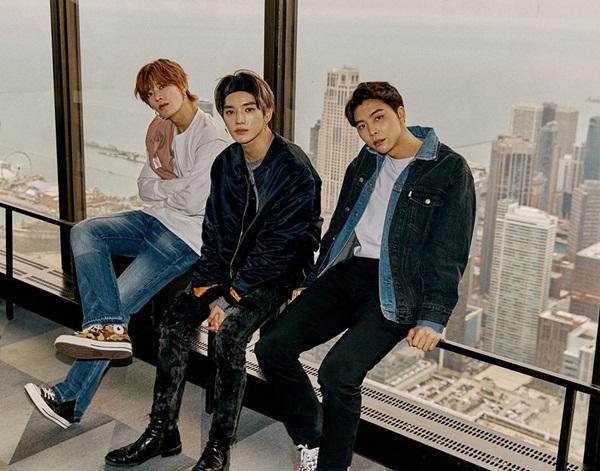 Yuta, Tae Yong và Johnny (NCT 127) chỉ ngồi một chỗ cũng đủ khiến fan girl khó rời mắt.