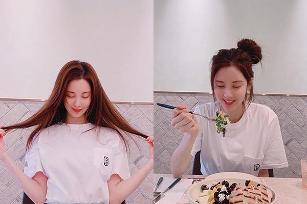 Seo Hyun xõa tóc hay búi củ hành đều dễ thương.
