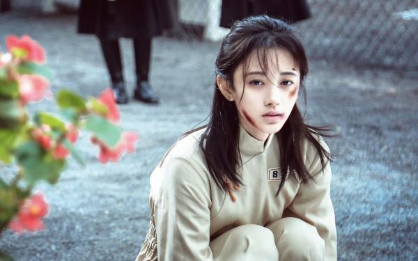 Cúc Tịnh Y vẫn xinh đẹp trong tạo hình phim dân quốc.