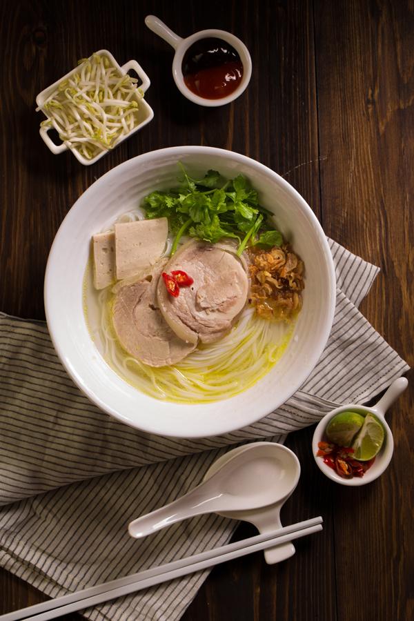Tất cả sản phẩm của C.P. Việt Nam đều được chế biến từ nguyên liệu thịt gà, thịt heo tươi, an toàn hợp vệ sinh theo quy trình sản xuất khép kín, từ con giống, vật nuôi theo các chứng nhận quốc tế như GMP, ISO 14001: 2004, chứng chỉ HACCP: 2003, ISO 9001: 2008. các nguyên liệu như thịt gà, thịt lợn, trứng, xúc xích... đều là nguyên liệu tươi từ nông trại do chính CP phát triển, nuôi và quản lý, theo mô hình FARM-TO-TABLE (từ nông trại đến bàn ăn)!