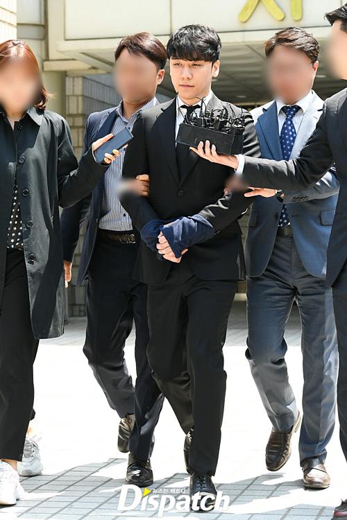 Theo một luật sư, Seung Ri có thể lĩnh án tù 2-3 năm.