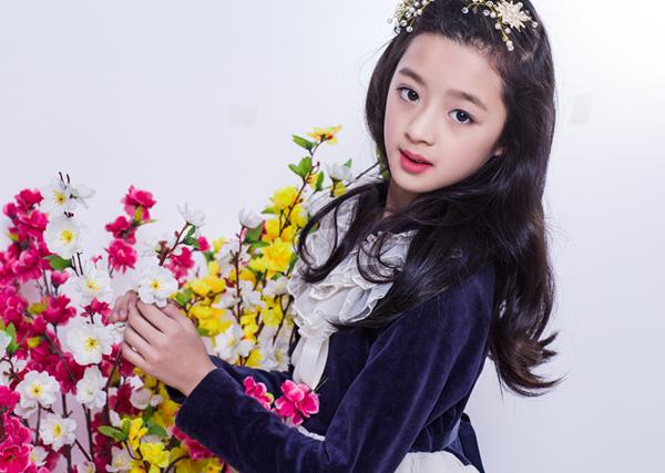 Sao nhí 10x hiện là diễn viên thuộc công ty của Dương Mịch.