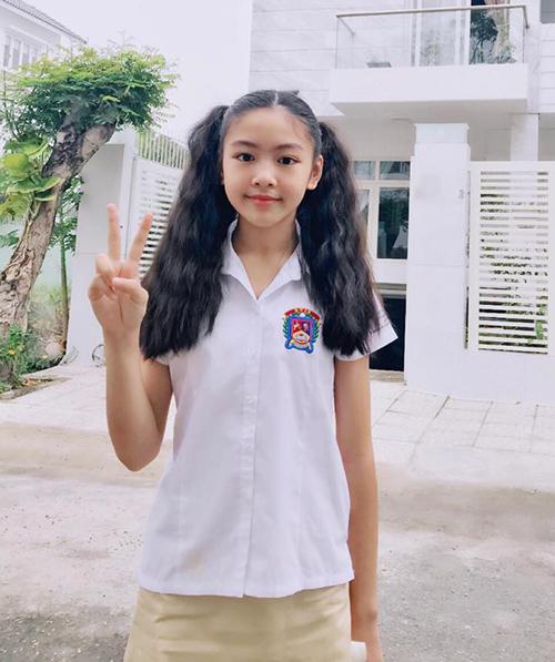 Thảo Linh đang theo học tại một trường quốc tế.