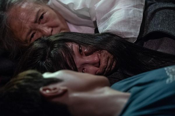 Một cảnh phim rùng rợn của Eun Ji.
