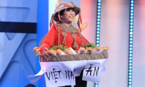 Việt Hương tái hiện cú 'xoay váy thần thánh' của H'Hen Niê đầy... 'thảm họa'