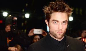 Ngôi sao 'Twilight' sẽ trở thành Batman mới của vũ trụ DC?