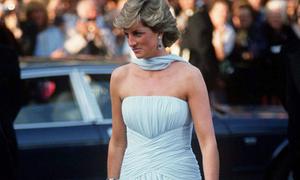 Bộ đầm 2,4 tỷ đồng của Công nương Diana ấn tượng nhất Cannes suốt 32 năm